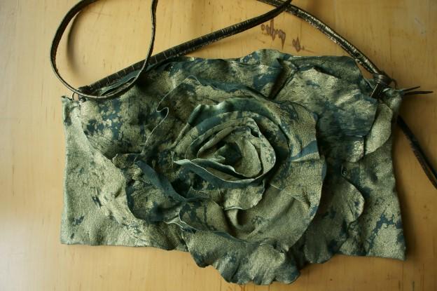 klama torby szyte ręcznie skóra róża torebka torba widok ogólny